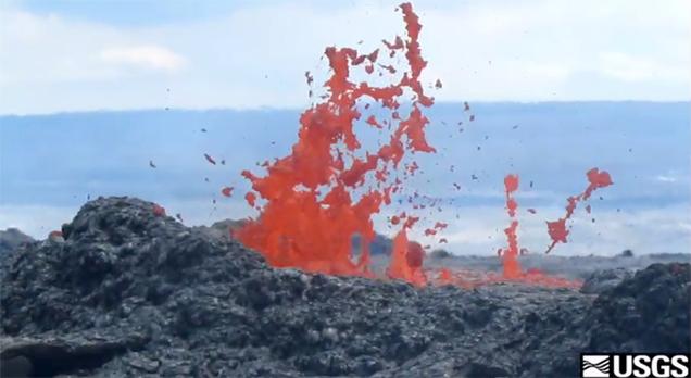 VIDEO: New Hawaii volcano lava flow – latest update