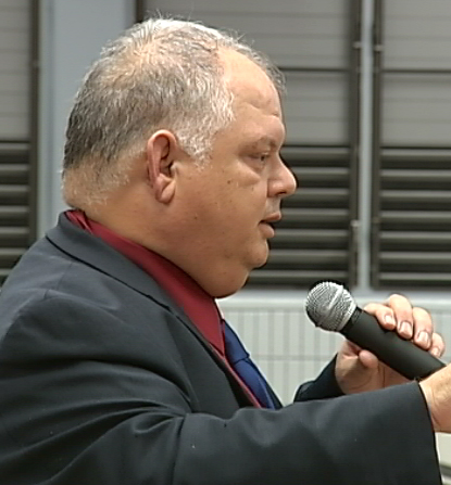 VIDEO: Latest in the Laupahoehoe Charter School debate