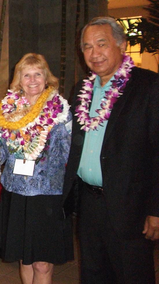 Kea'au Librarian Technician honored on Oahu