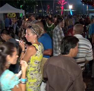 Folks swarm the Hilton Waikoloa for some local food