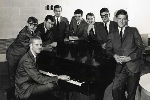 Gary Washburn far left, Kent Washburn, far right. Photo courtesy Kent Washburn.