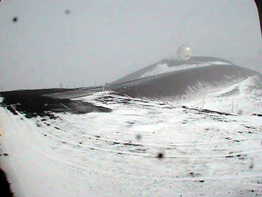 snow on the summit of Mauna Kea via Keck 1, aimed north northeast
