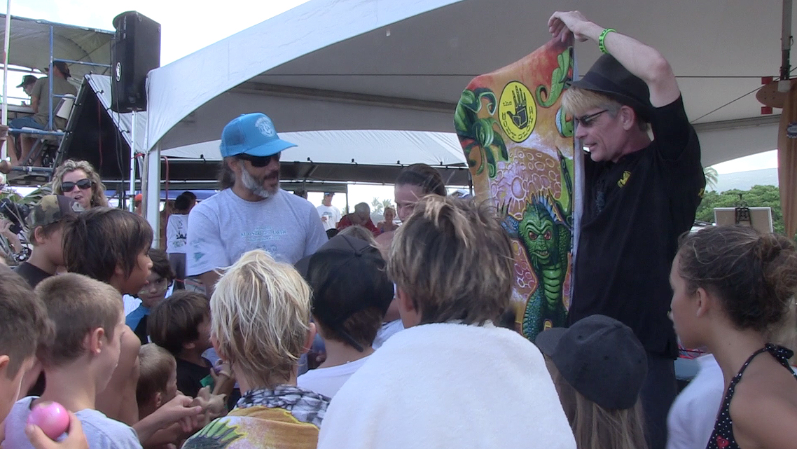 Body Glove giveaway during the Keiki Surf event