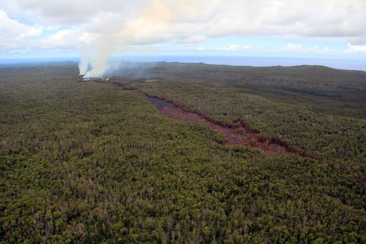 Governor Signs Emergency Proclamation For Puna Lava Flow
