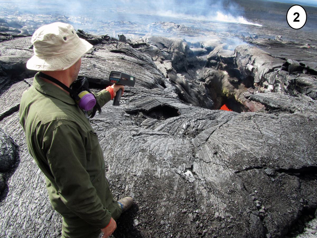 Photos Show Bravery of Hawaii Volcano Scientists