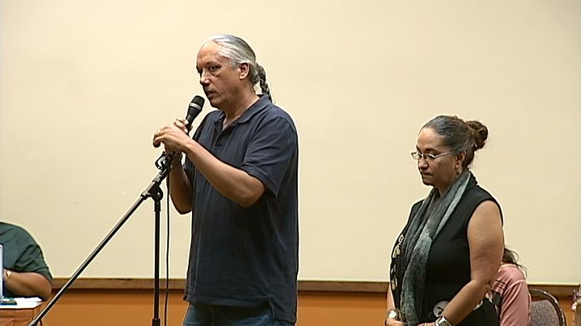 Kalani Flores and Pua Case address the OHA Board of Trustees in Kona, Sept. 17