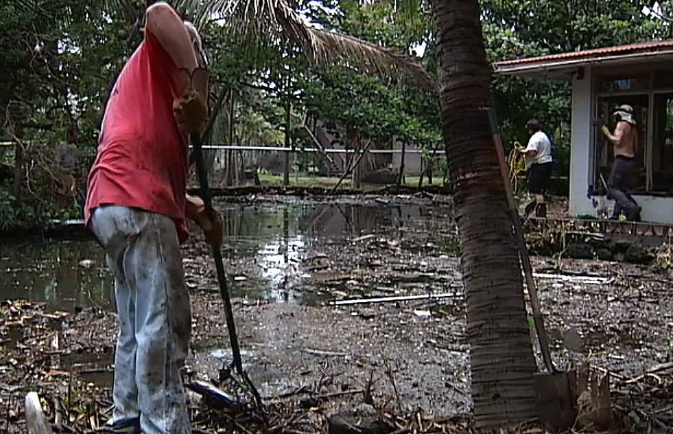 VIDEO: Down And Dirty In Kapoho, Volunteers Clean Tidal Pools