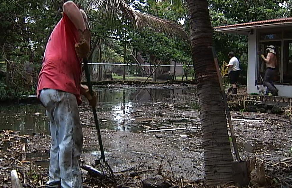 VIDEO: Down And Dirty In Kapoho, Volunteers Clean Tidal Pools