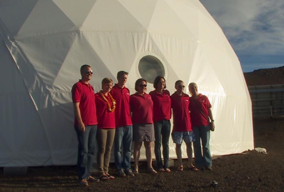VIDEO: HI-SEAS Crew Enters Faux Mars Habitat For 8 Month Study