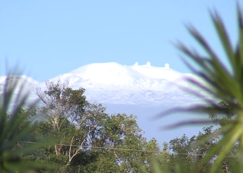 VIDEO: Snow on Mauna Kea, Crews Working To Clear Roads