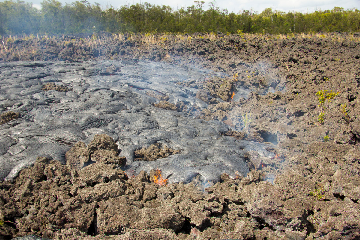 Morning Lava Update – Sunday, Feb. 8