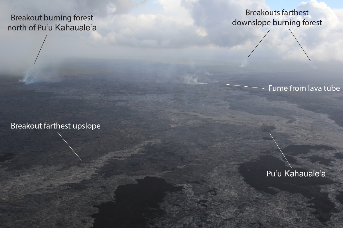 Active breakouts near Puʻu ʻŌʻō (photo by USGS HVO on March 24)