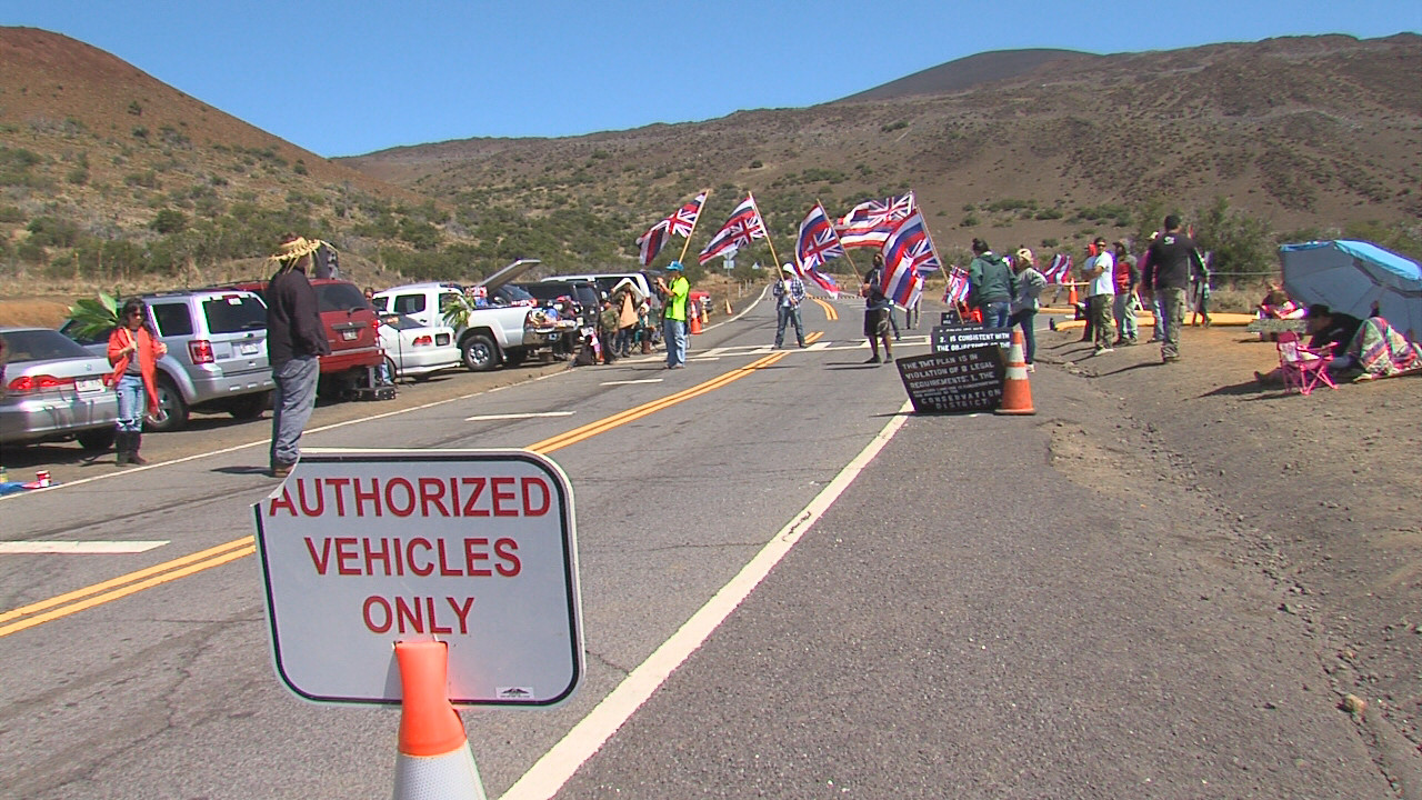 March 26, 2015: Mauna Kea Access Road by the VIS at Hale Pohaku. Image from video taken by David Corrigan