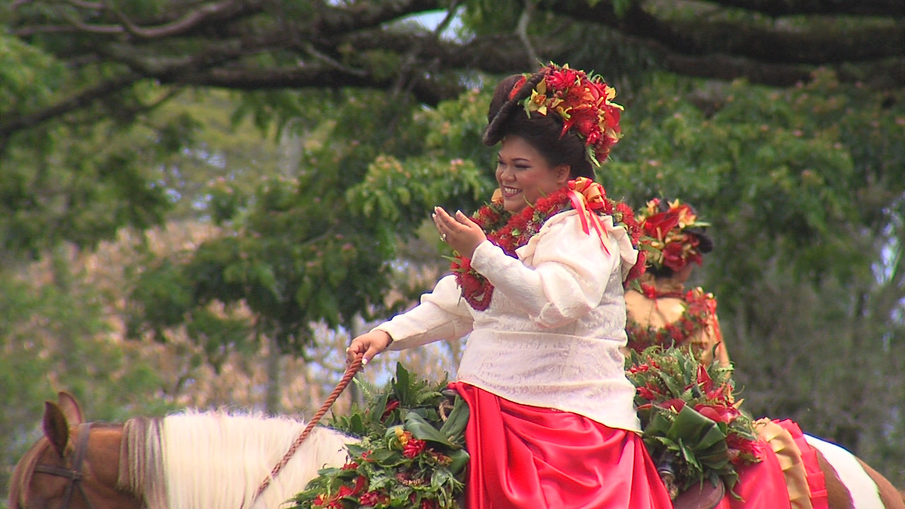 VIDEO: Merrie Monarch 2015 – Sights & Sounds Of The Royal Parade