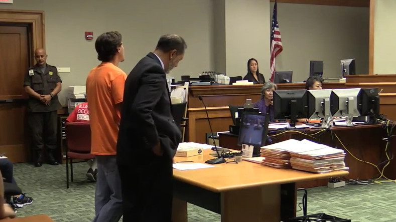 VIDEO: Hawaiian Language Confounds Court