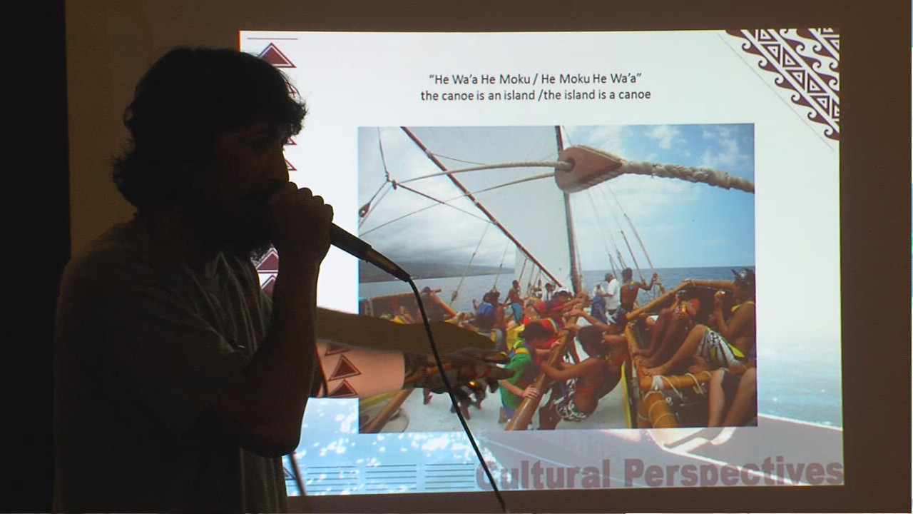 Hualalai Keohuloa speaks about the wa'a in Laupahoehoe.