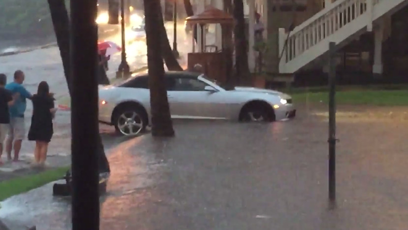 VIDEO: Alii Drive, Kona Flash Floods Captured On Social Media