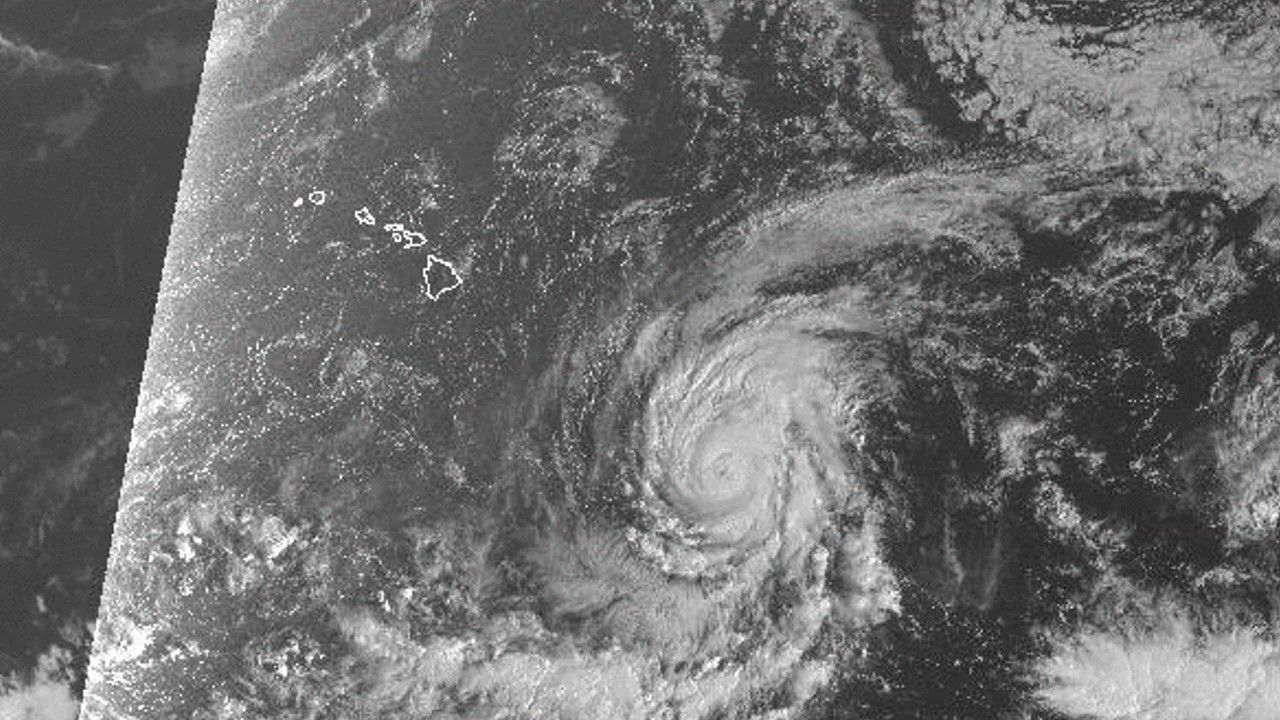 High Surf Warning Remains with Hurricane Olaf SE of Hilo