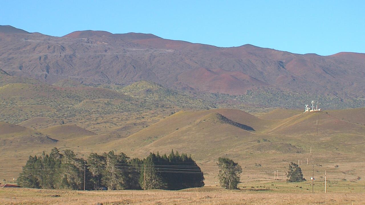 High Winds For Mauna Kea, Mauna Loa