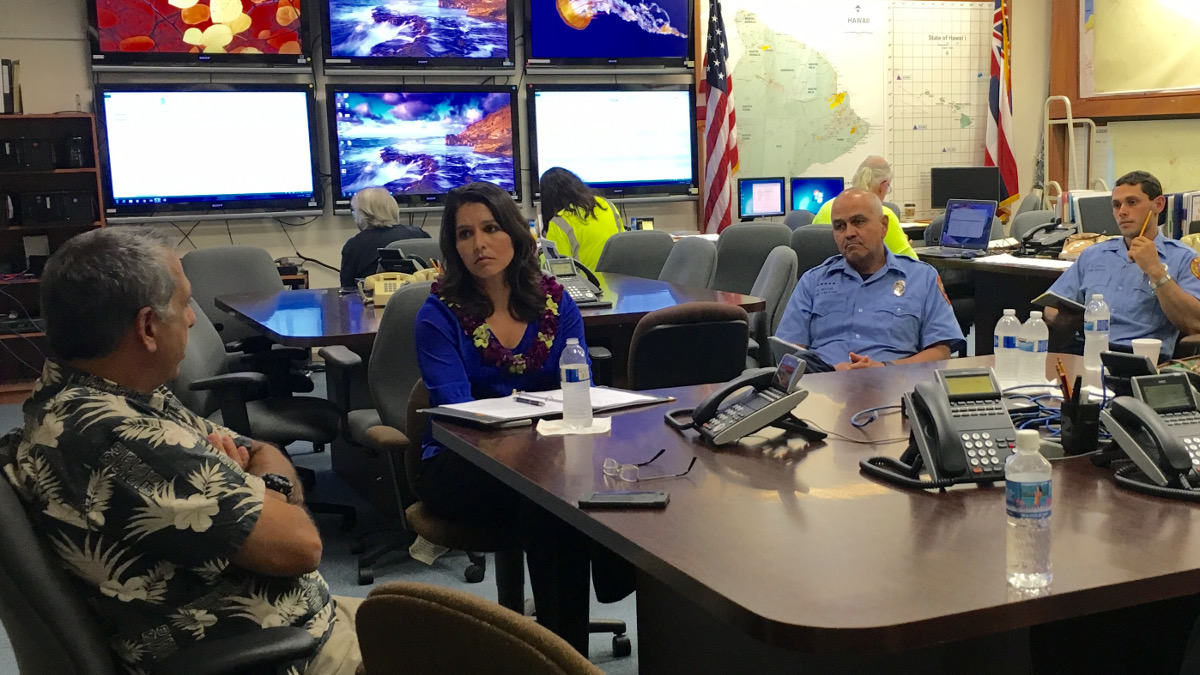 Rep. Gabbard visited Hawaii County Civil Defense on January 22, 2016. Photo  on courtesy the office of the Congresswoman.