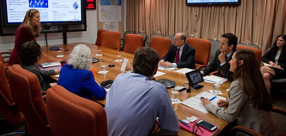 Sen. Schatz Visits CDC To Talk About Dengue, Zika in Hawaii