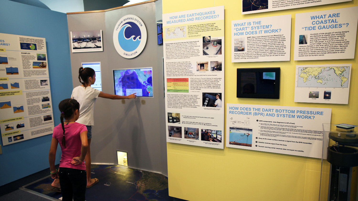 VIDEO: Pacific Tsunami Museum Opens New Science Room