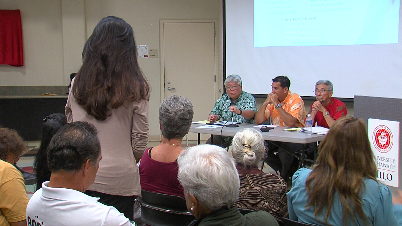 VIDEO: Crowd Hits Hilo Lawmakers On Pesticides, Biotech