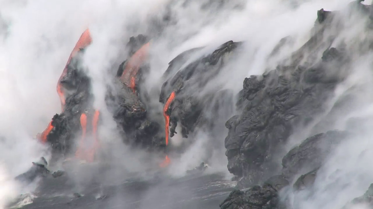 VIDEO: Lava Viewing Safety Stressed During Media Field Trip