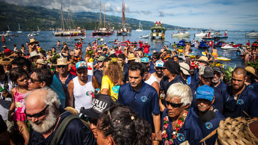 VIDEO: Iconic Hawaii Canoes Celebrated In Mahina, Tahiti