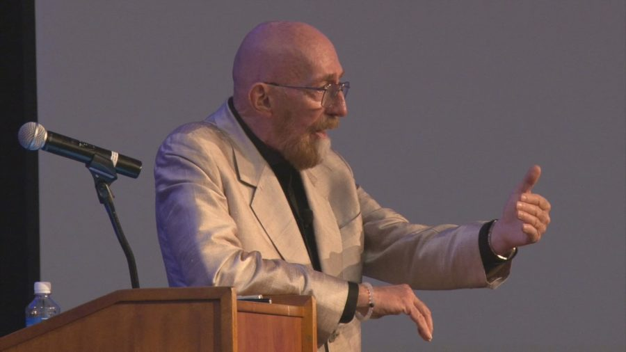 VIDEO: Kip Thorne Talks Gravitational Waves, Interstellar Film