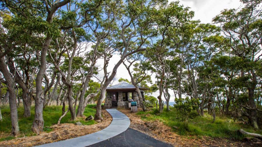 Closure Of Hawaii Volcanoes National Park Surprises Island