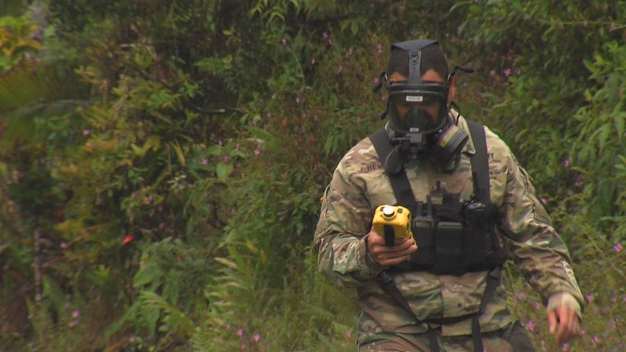 VIDEO: Residents, Soldiers Brave Volcanic Gas In Leilani Estates