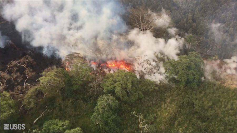 VIDEO: 7 pm Eruption Update – Heavy De-gassing Occurring