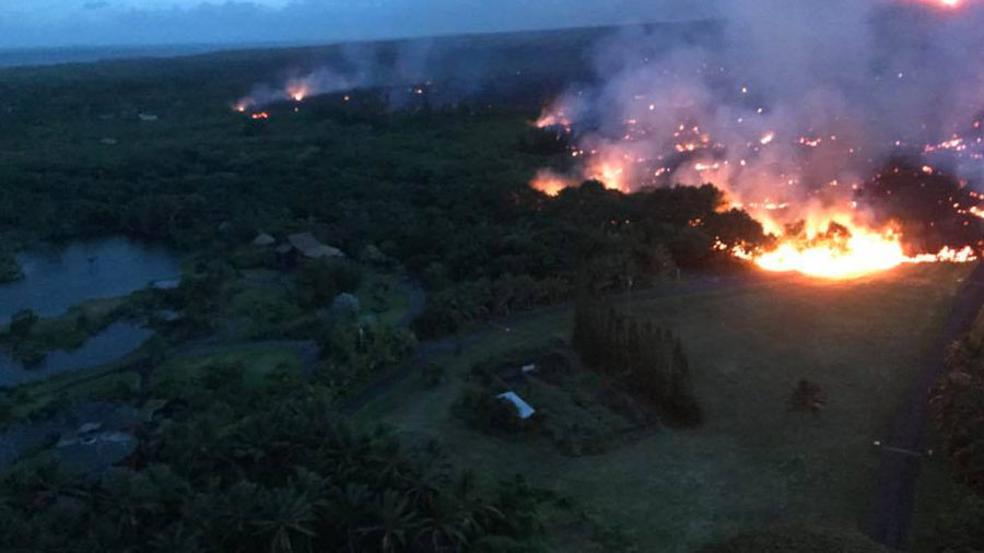 9 pm Eruption Update – Lava 200 Yards From Ocean In Kapoho