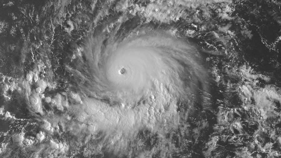 Category 4 Hurricane Lane Nears Central Pacific