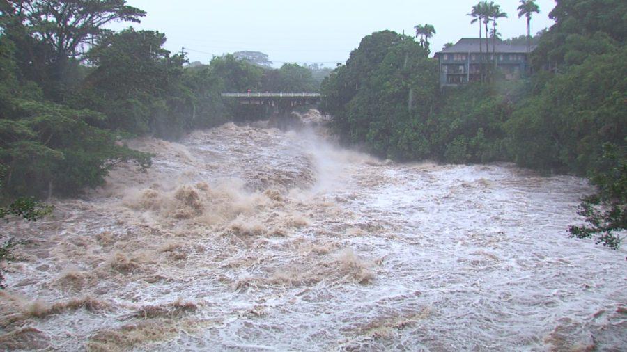 VIDEO: Hurricane Lane Brings Flooding To East Hawaii