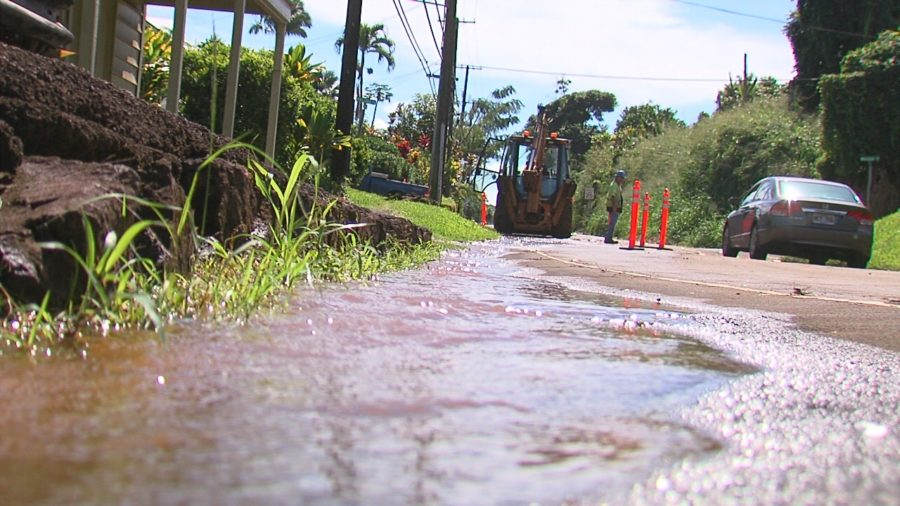 VIDEO: Papaikou Water Main Break Closes School, Again