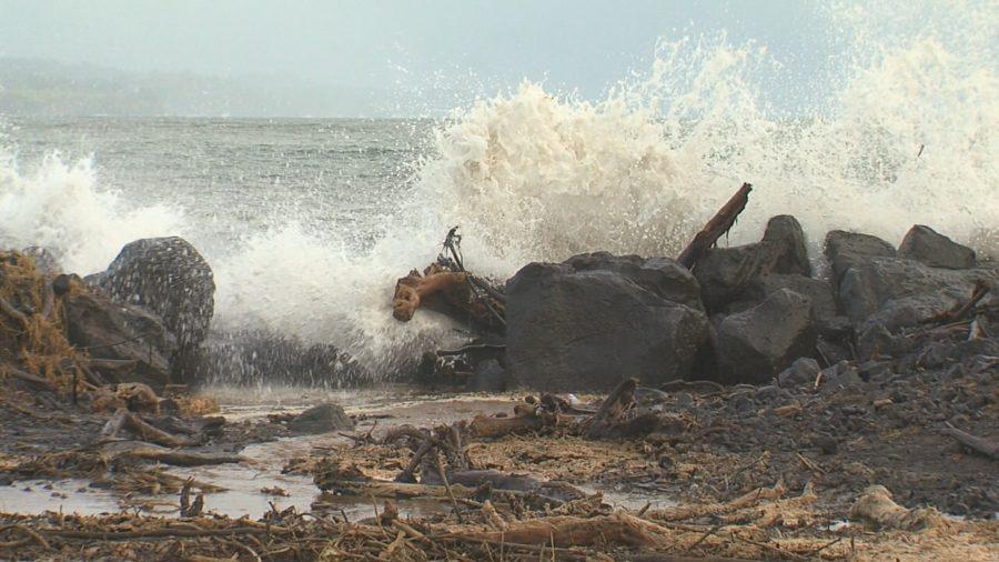 VIDEO: High Surf In Hilo, Landslide In North Kohala