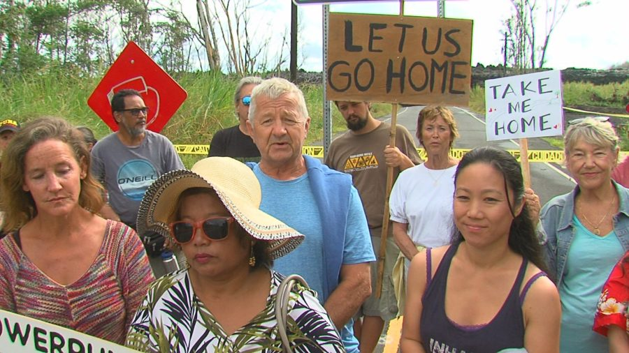 VIDEO: Blocked Puna Residents Gather In Front Of Lava Wall