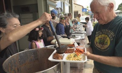 VIDEO: Community Langar Served At Honokaʻa Peace Day Parade