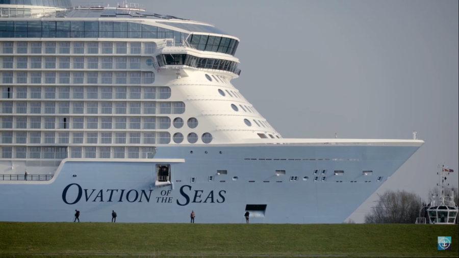 Largest Cruise Ship Ever To Make Kailua-Kona Port Call Anchors Sunday