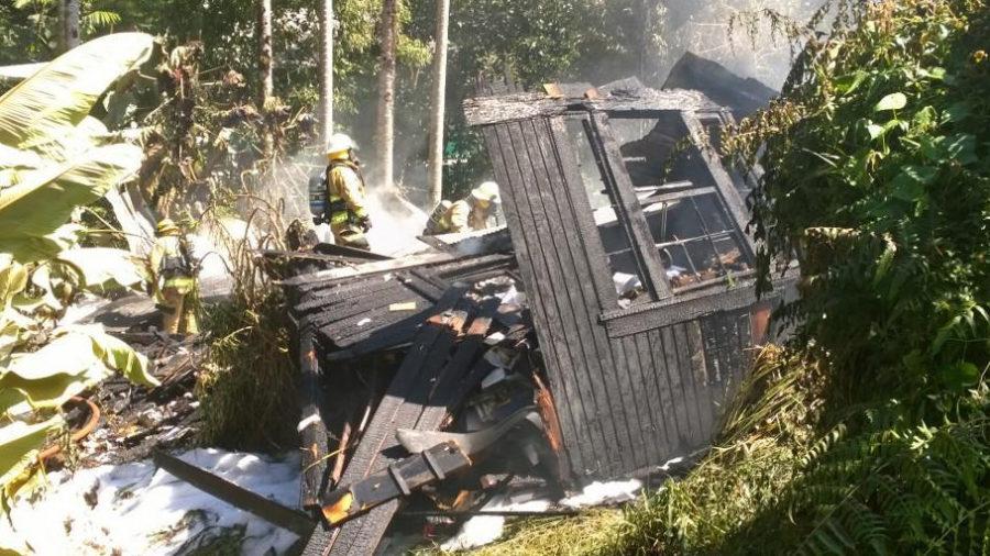 Wainaku-Area Structure Fire Shuts Down Puueo Street