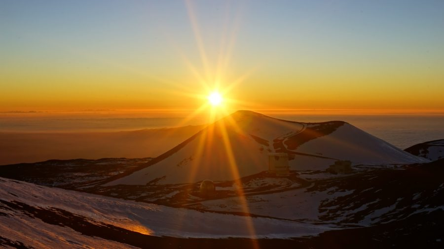 Maunakea Looms Over American Astronomical Society Meeting