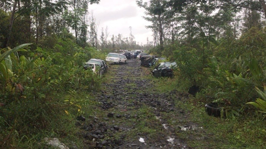 DHHL Takes On Abandoned Vehicles in Makuʻu