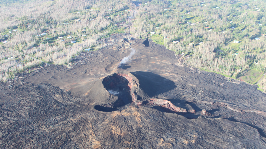 Lower Puna Residents Press County On Recovery After Eruption