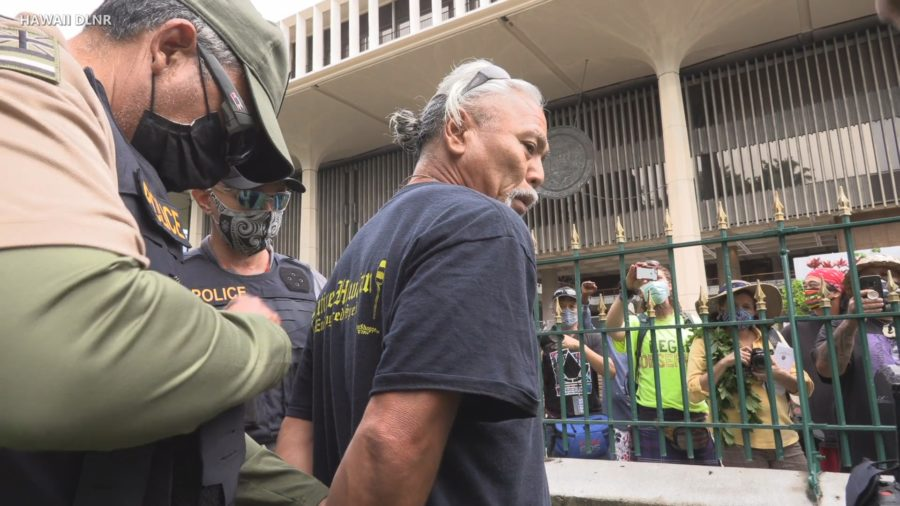 VIDEO: Tamashiro Arrested At Iolani Palace On Anniversary Of Overthrow