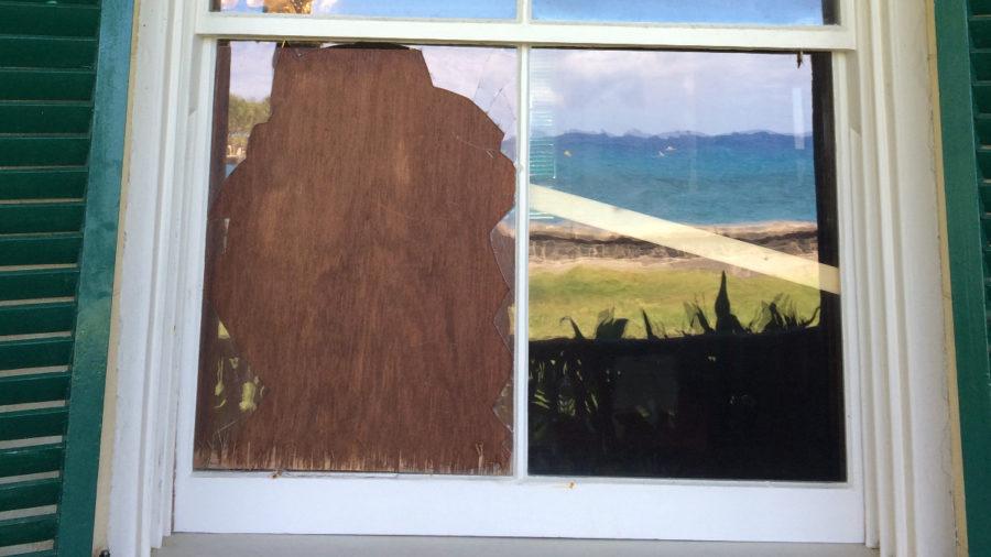 Huliheʻe Palace Break-in Damages Historic Door, Window