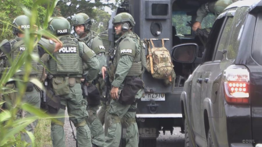 Arrests Made After Special Response Team Surrounds Puna Home
